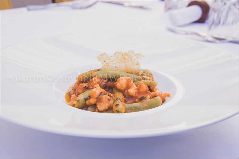 GREEN MACARONI WITH SHRIMPS AND PRAWNS